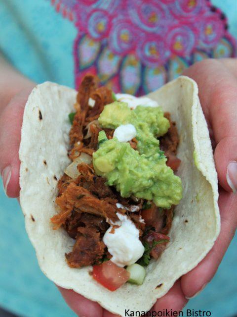 Nyhtökauraa meksikolaisella twistillä: Possuton carnitas