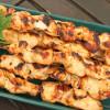 Grillatut kanavartaat, kukkakaalicouscous ja vesimelonigazpachosalaatti