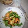 Vuohenjuusto-linssisalaatti