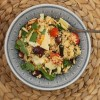 Couscousia paahdetuilla kasviksilla, oliiveilla ja parmesaanilla
