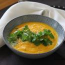 Mausteinen porkkana-kikhernekeitto