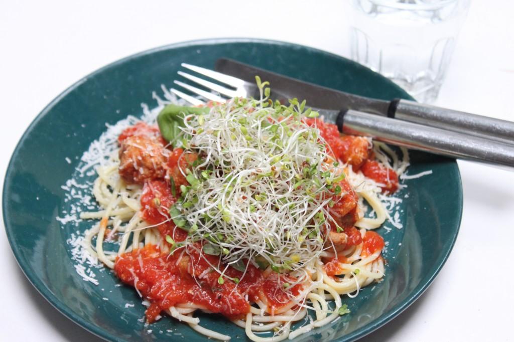 Spagetti con salsiccia