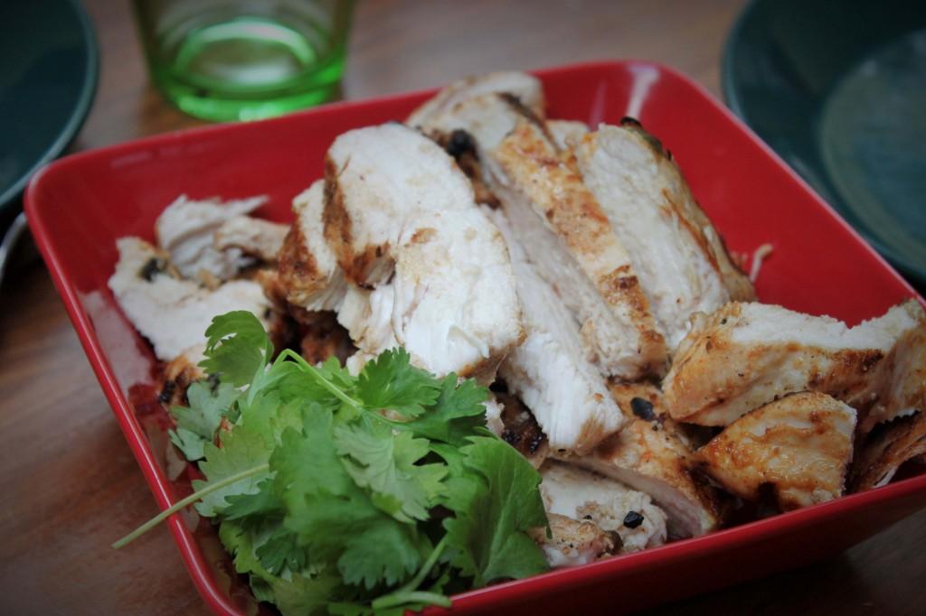 Grillattua chipotlemarinoitua kanaa