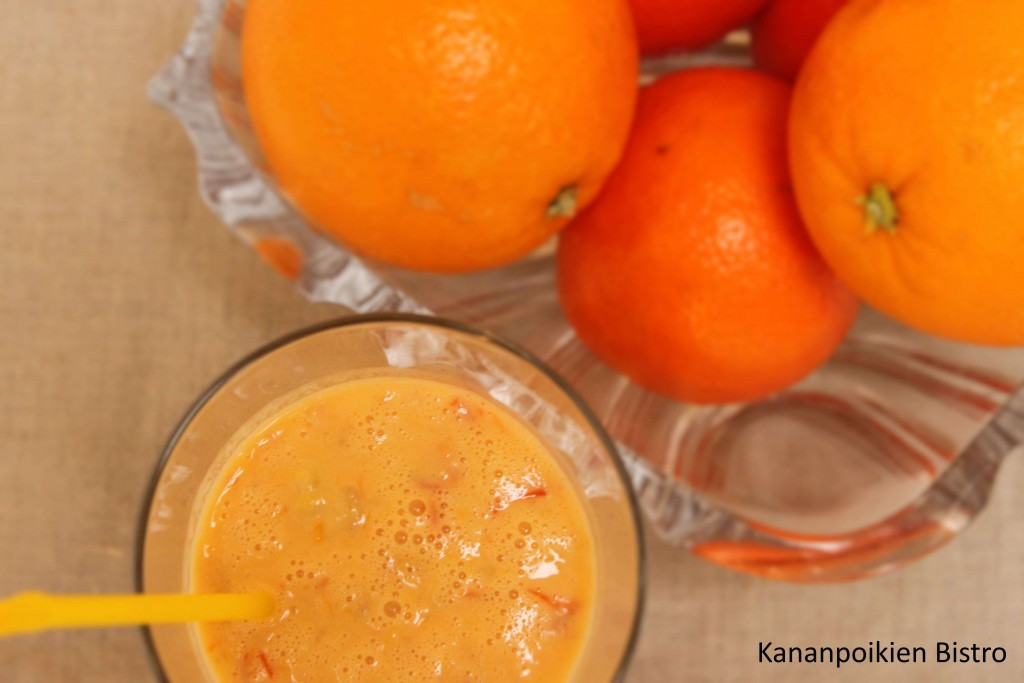 Tyrni-appelsiinismoothie