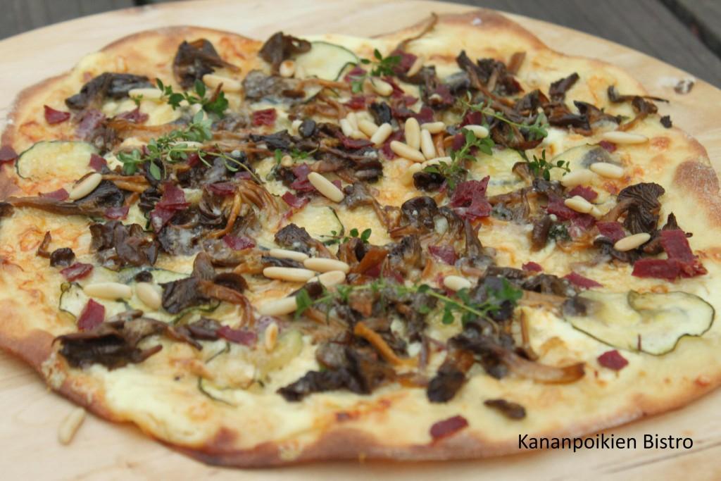 Suppilovahvero-poropizza